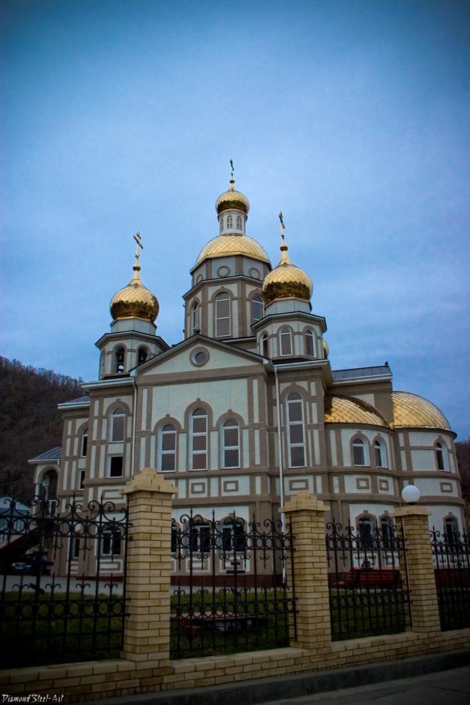 Ольгинка. Храм в честь святой Равноапостольной великой княгини Российской Ольги