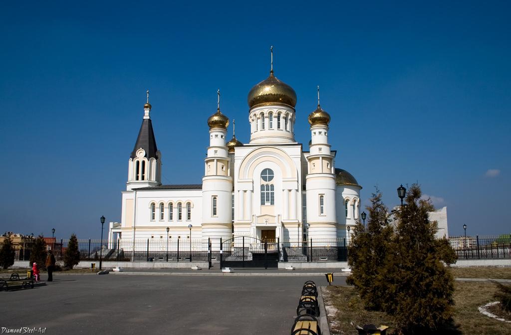 Владикавказ. Собор Святого великомученика Георгия Победоносца