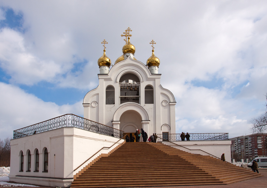 Кемерово. Церковь Троицы Живоначальной