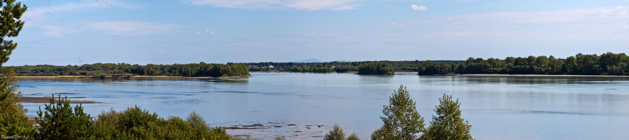 Слияние рек Катуни и Бии