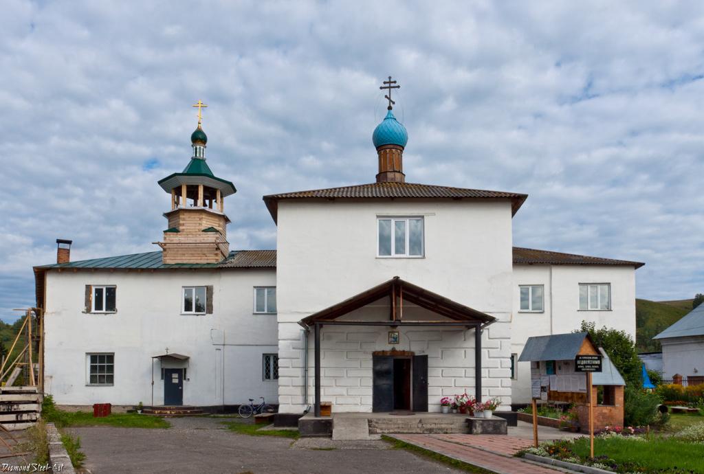Майма. Церковь Сошествия Святого Духа