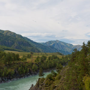Чемальская ГЭС - Вид с «Козьей тропы», Катунь.