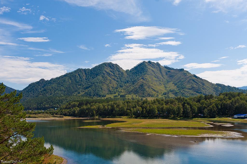 Гора Верблюд – вид на гору Верблюд с Чемальского водохранилища