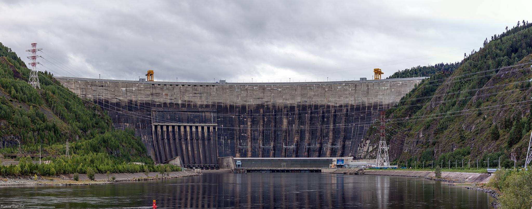 Саяно-Шушенская ГЭС им. П. С. Непорожнего