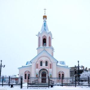 Салехард. Церковь Петра и Павла
